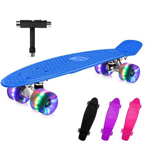 BELEEV Skateboard mit LED Rollen
